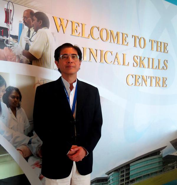 AIMST临床技能中心主任陈桂诚医生。