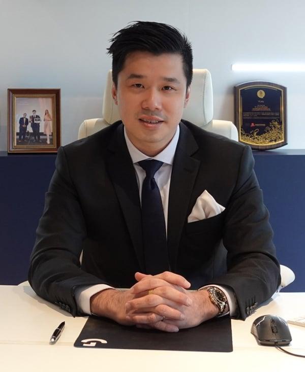 玮良是财务管理专家,同时是蚁塔国际商学院联合创办人兼CEO,也是马来西亚保险咨询集团Team Unity Advisory的创始人。